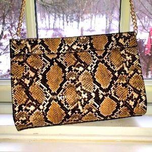 SOLD NWOT Lulu's Crossbody Bag,Gold Chain